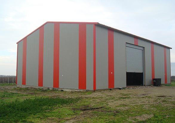 Metallic buildings